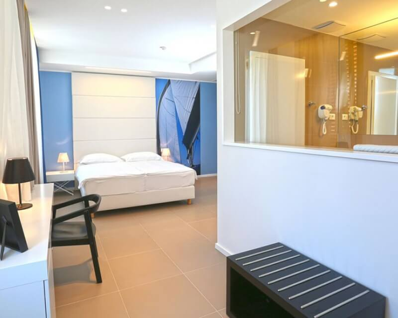 Deluxe double room with sea view St-001
